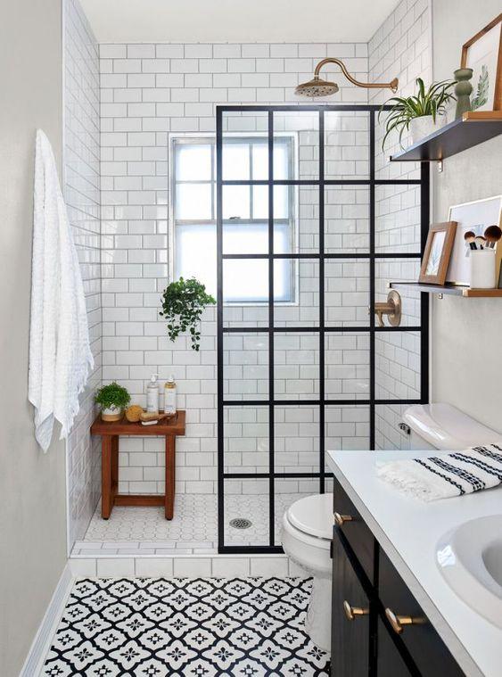 beautiful white bathroom