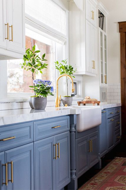 fresh and bright kitchen