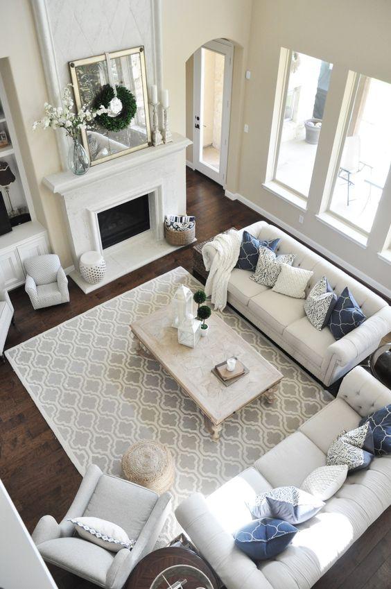 modern chirstmas living room
