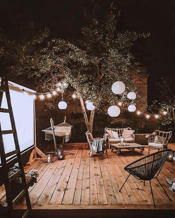 comfy backyard for summer