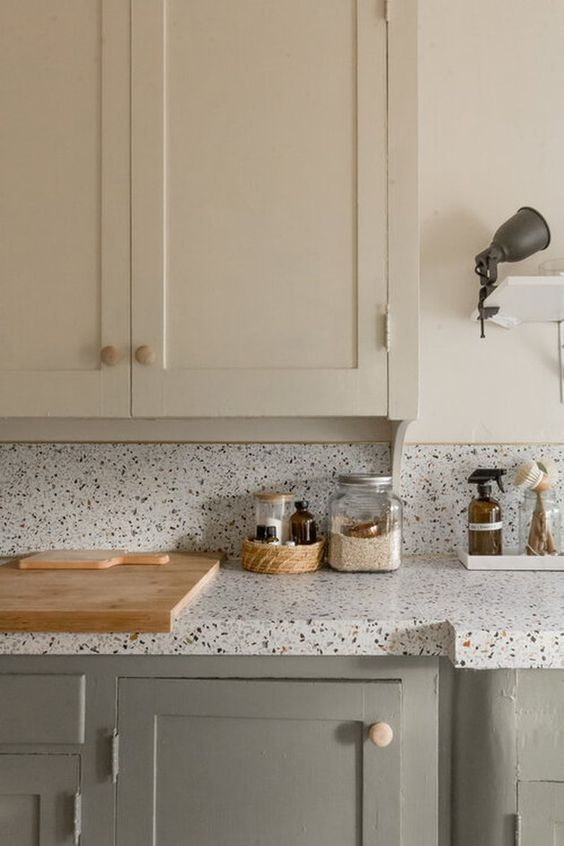 cleanliness and tidiness of kitchen