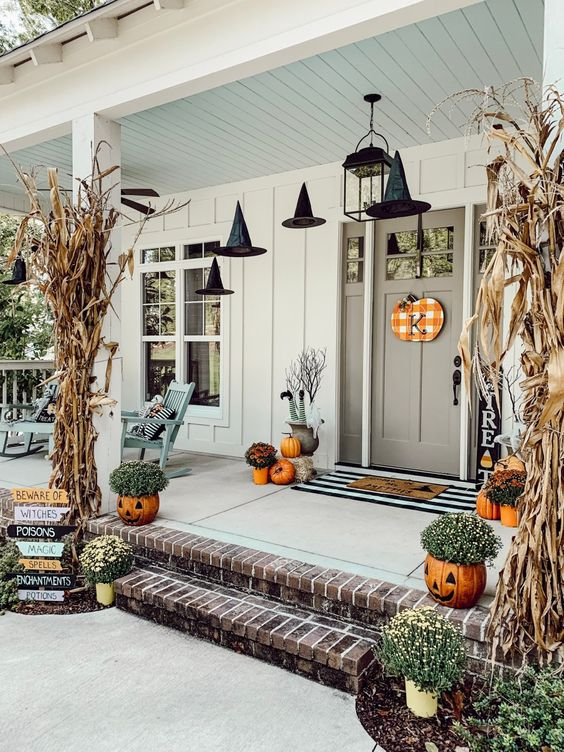 Ways to Decorate Home with Pumpkins ideas
