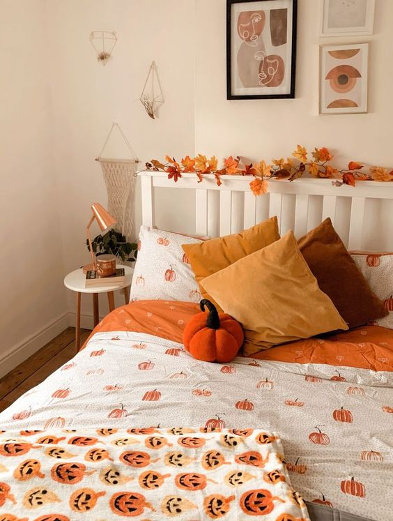 Decorate Home with Pumpkins Ideas